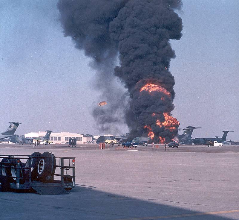 650253_explosion_1_07_Oct_1993.jpg